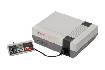 Nintendo NES Classic Edition: Official Retro Mini Console w 30games
