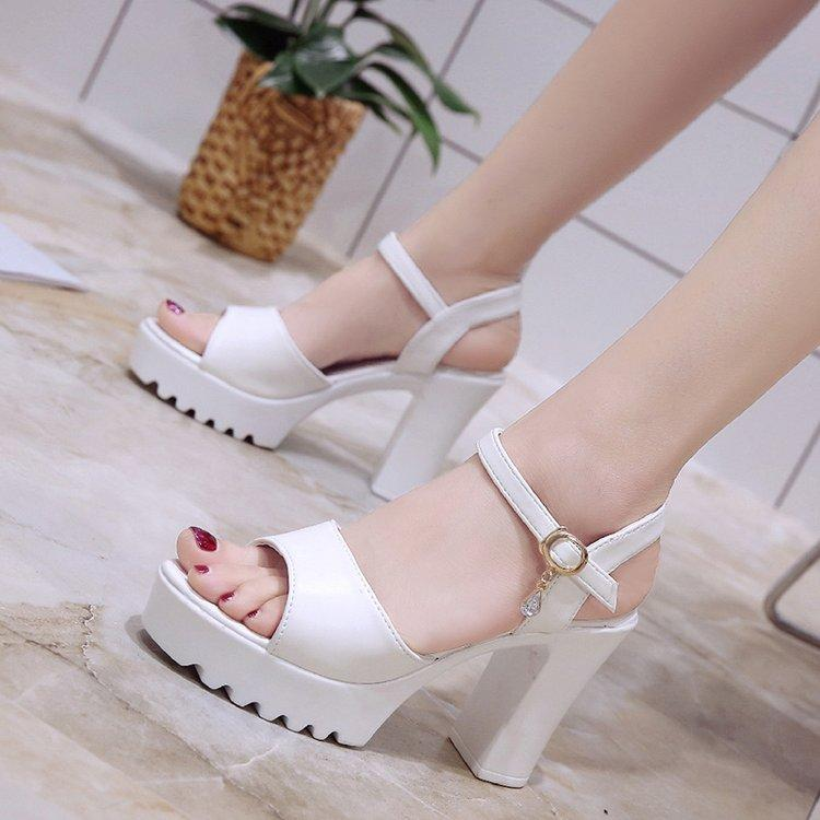 Sandals Female Summer 2018 New Style Versatile Block Heel Fish Mouth High Heel Shoes Straight-Line Buckle Man-Made Diamond Korean Style Womens Shoes Gladiator Sandals By Taobao Collection.