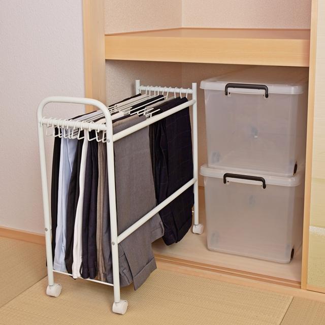 HEIAN SHINDO - Pants Hanger with wheels BHS-1