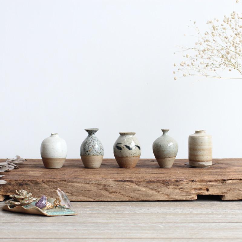 Design a Vase Japanese Style Ceramic xiao hua cha Desktop Table-board Creative Decoration Stoneware Flower Holder Mini Flower Holder