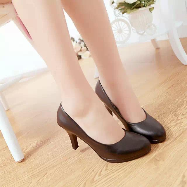 2018 Spring Summer New Style Womens Shoes Soft Round Head High Heels Thin Heeled Shallow Mouth Going To Work Shoes Black And White Work Shoes By Taobao Collection.