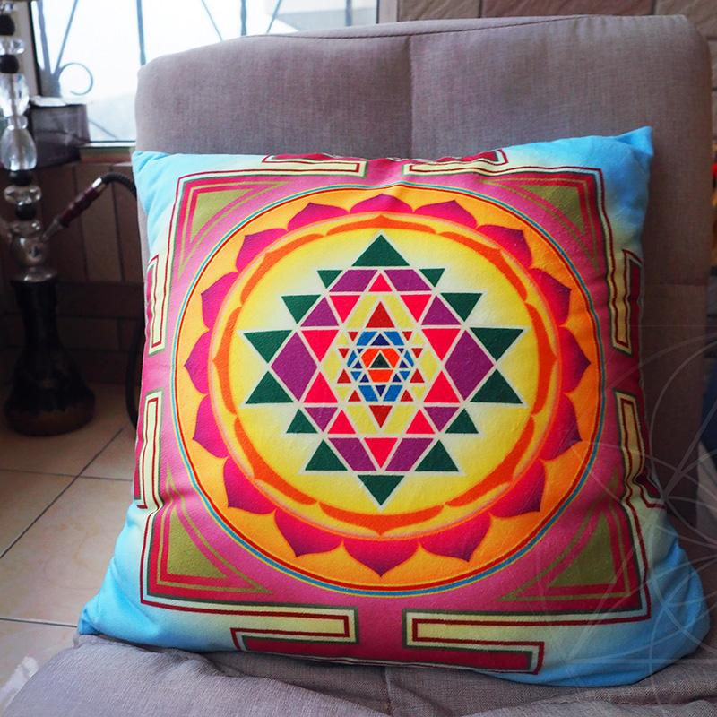Zen That Sri Big TOTEN Meditation Energy da zuo dian throw pillow Pillow Sri Yantra ZAO Wealth