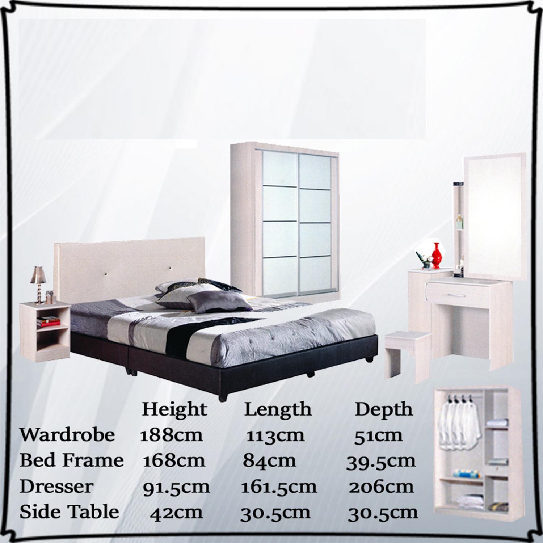 Mono Bedroom Set