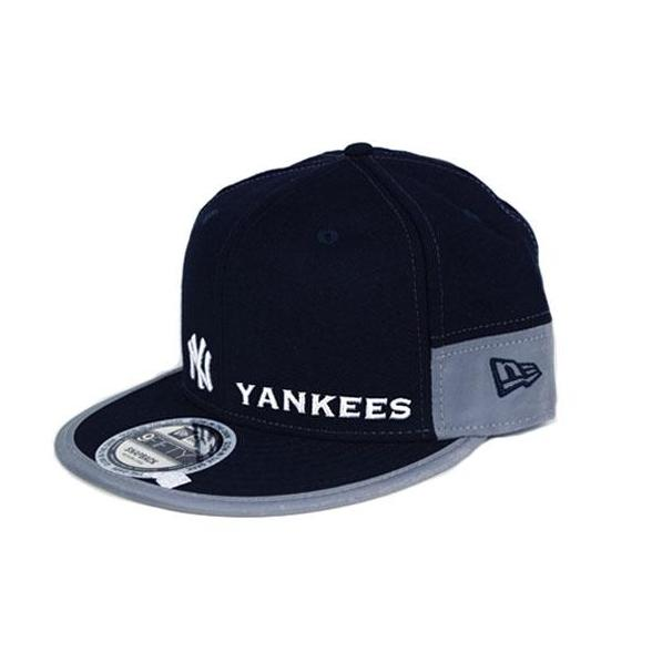 646885d37 New Era New York Yankees Reflective Stripe 9FIFTY Navy/Grey Snapback cap  11416129 BB1