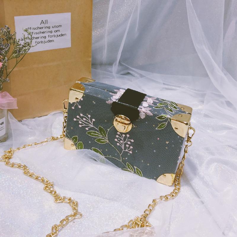 New Arrival Bags Summer Sweet Lace Embroidered Box Square Sling Bag Female Korean Style Versatile Shoulder Bag Chain Shoulder Bag