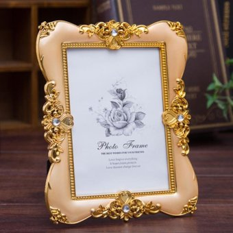 Harga CADIS Gold Creative Wedding Photos Of PVC Plastic Frame Europe Type Picture Frame Resin 11'' x 16'' - intl