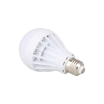 7W Globe Lamp 220V LED E27 Energy Saving Bulb Light Cool White - intl