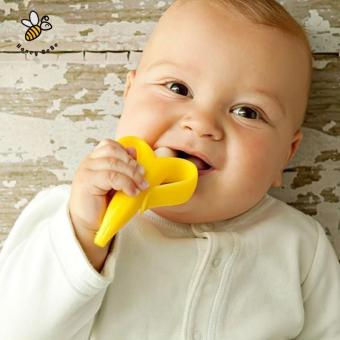 Banana Teether Environmentally Safe Baby Silicone Toothbrush Baby Tooth Brush Training Children's Rattle - intl - 4