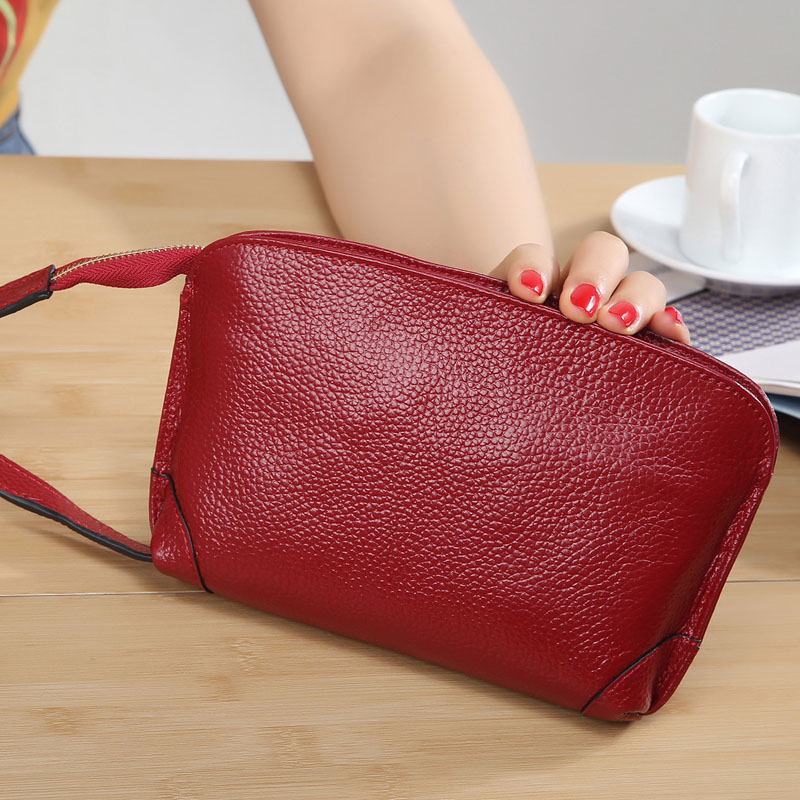 2017 Korean-style fashion New style small handbag women hand clutch bag leather handbag small bag mobile phone bag purse bag soft leather (Wine red)