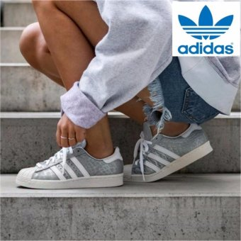 Harga Adidas Unisex Original Superstar 80s shoes S76415 Silver/White -intl