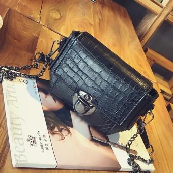 Bag female 2017 New style crocodile pattern shoulder handbag small bag Korean-style chain mini small square package wild messenger bag (Black)