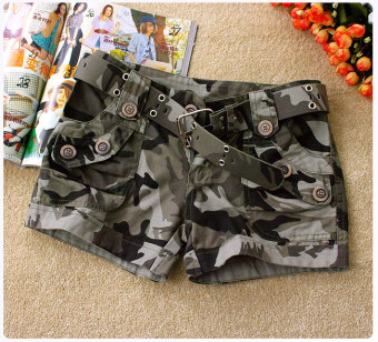 Harga Camouflage shorts female high school students Korean-style casual sports clothes pants sailor dance buttons denim wide leg bottoming shorts (Button camouflage shorts with belt)