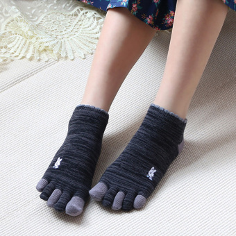 Harga Fingers cotton solid color female sports Socks