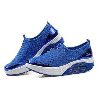 Fashion Slimming Shake Shoes Women Breathable Polka Dot Canvas Women Shoes Flat Platform Air Cushion Women's Casual Shoes - intl - 4