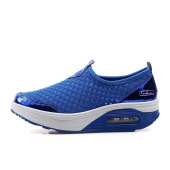 Fashion Slimming Shake Shoes Women Breathable Polka Dot Canvas Women Shoes Flat Platform Air Cushion Women's Casual Shoes - intl - 2