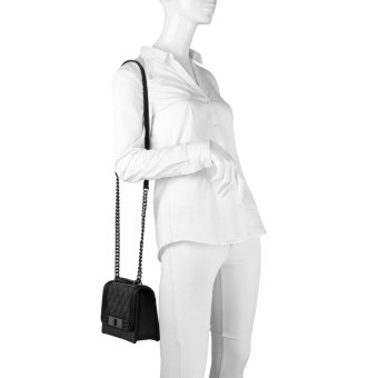 ALDO Derogali faux leather quilted crossbody chain bag (black) - 4