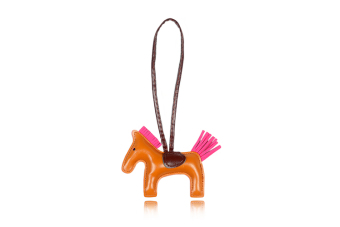 Harga korean version of the cute pony pendant horse to get off the ground (Coffee color)