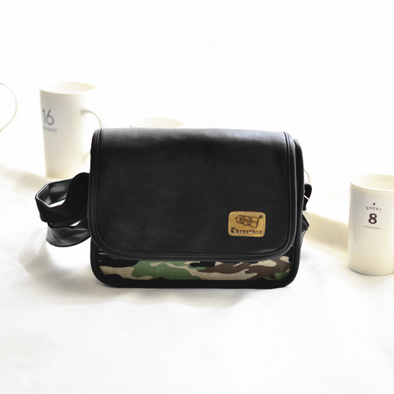 New style motorcycle iPad Japanese-style leather casual bag shoulder bag (Black dark green flowers) (Black dark green flowers)