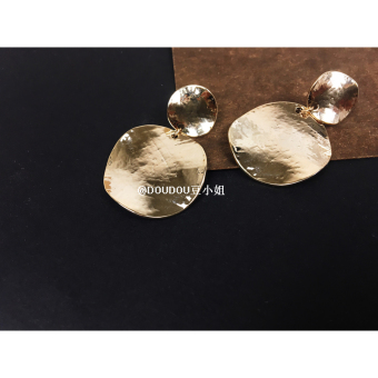 Doudou chic bump simple texture big round earrings