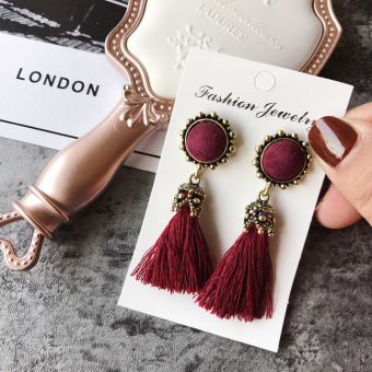Harga Day South Korea east door New style Korean-style palace style fashion retro tassel earrings texture earrings accessories products