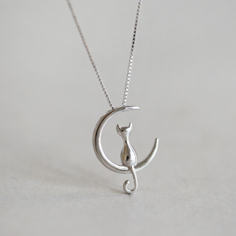 S925 day Korean-style temperament fairy moon on the short necklace